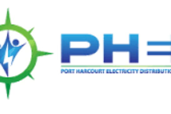 Rivers Community  Barricade PHED Office Over Lack Of Electricity