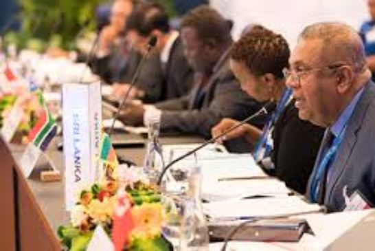 PRESS RELEASE: Finance ministers to discuss joint action to prevent future debt crises