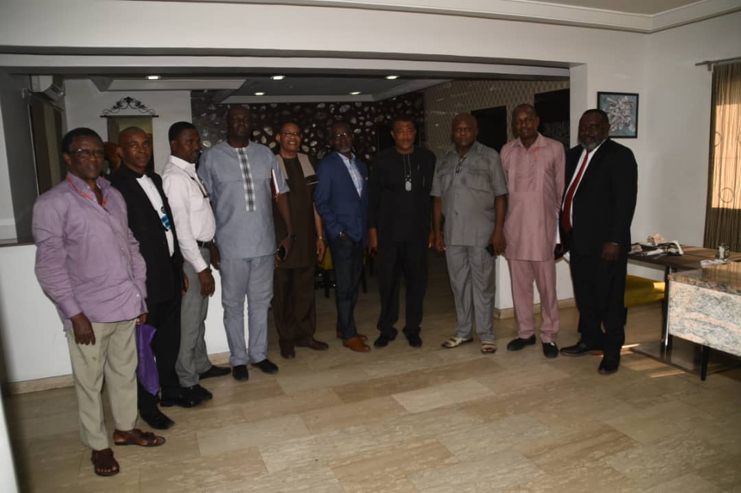 During the week the Regional Manager Media Trust limited Port Harcourt Vincent Egunyanga  hosted some  senior Journalists to  a lunch in Port Harcourt.